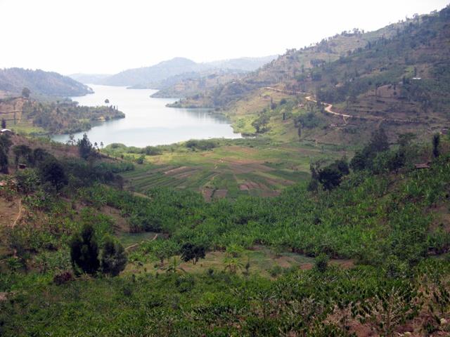 Am Kivusee zwischen Kibuye und Cyangugu