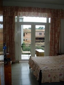 Hier ein Zimmer im Hotel Amahoro im Zentrum von Bujumbura (Burundi)