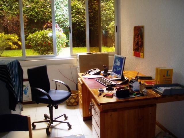 Mein Büro in Kigali, vor der Neumöblierung
