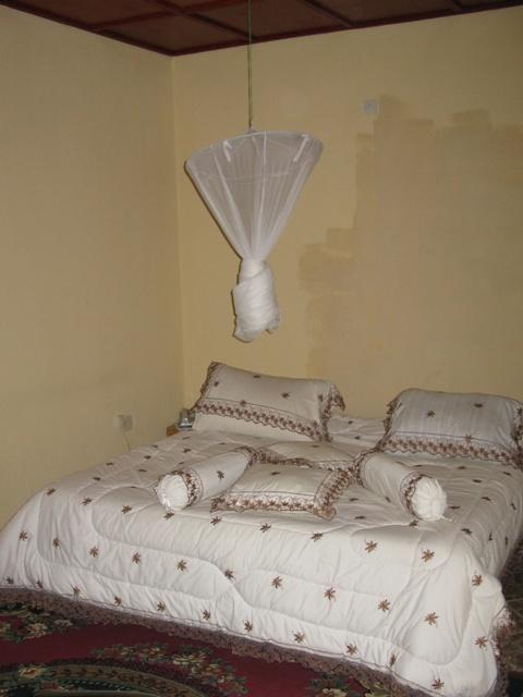 Im Peace Land Hotel in Gisenyi sind nur die Kissen besonders erwähnenswert. Und auch nur dann, wenn diese entsprechend geschätzt werden...