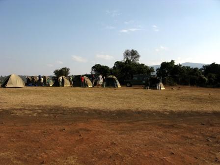 Auf dem Kraterrand des Ngorongorokraters haben wir zwei Nächte gezeltet